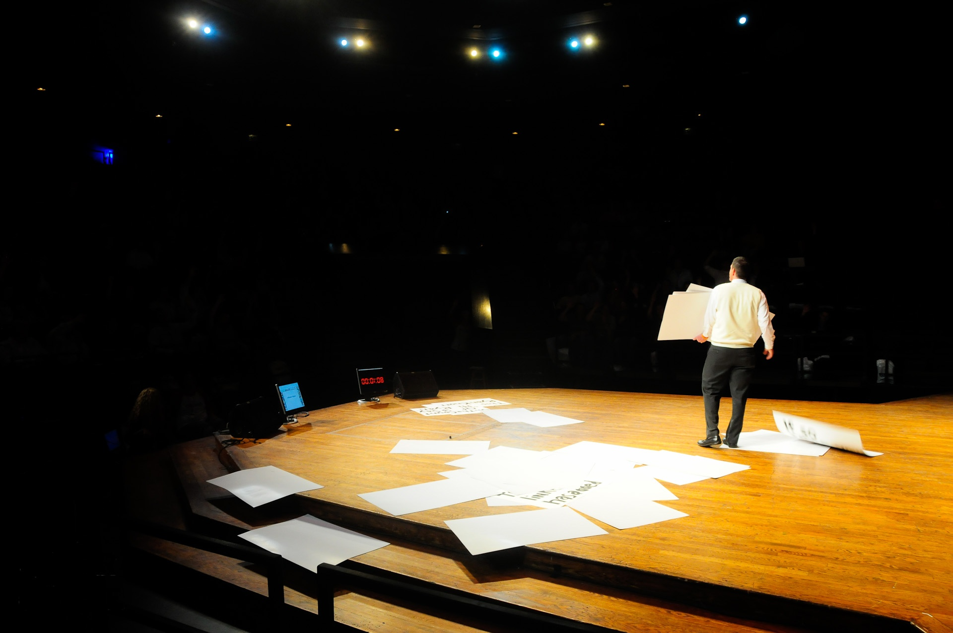 Thrust Stage at Michigan State's Pasant Theatre, East Lansing, Michigan. Photo by Benjamin Slayter